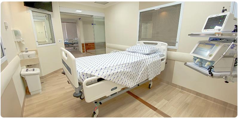 A Unidade de Terapia Intensiva (UTI) do Hospital Dom Alvarenga dispõe de 30 leitos